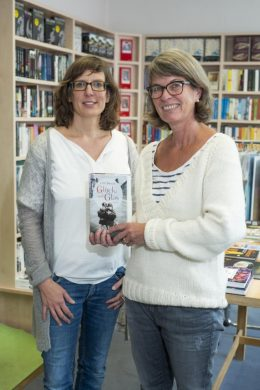 """Susanne Thomas und Sabine Stupp empfehlen """"Glück und Glas"""" von Lilli Beck"""